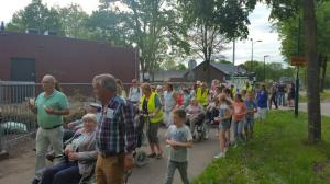 (2017-05-16) Avond4daagse (29) Drukte op de tussenpost (Small)